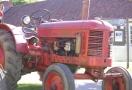 traktor-vintage-red-volvo-traktor